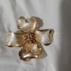 Vintage brooches